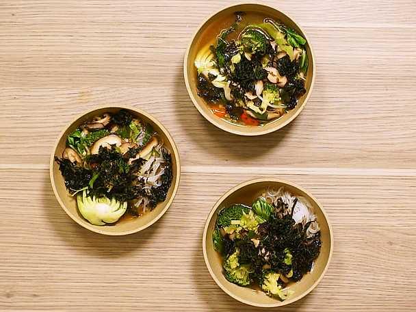 Ramensoppa med shiitakesvamp och miso