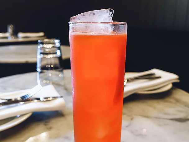 Raspberry licorice lemonade