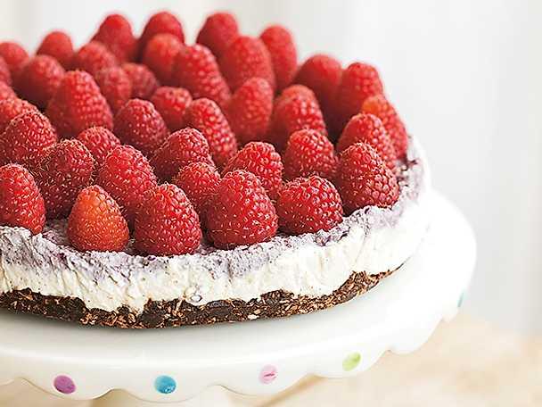Raw choklad- och körsbärscheesecake