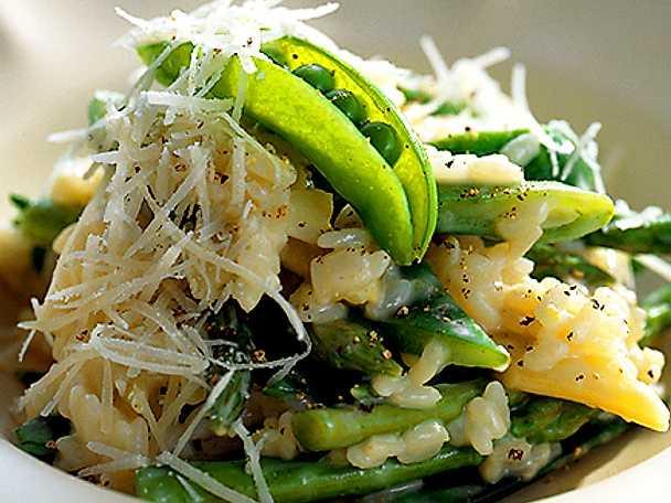 Risotto med gröna grönsaker