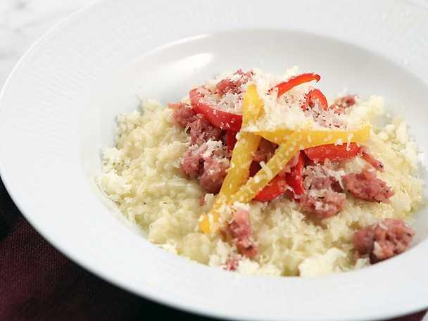 Risotto med italiensk korv och paprika