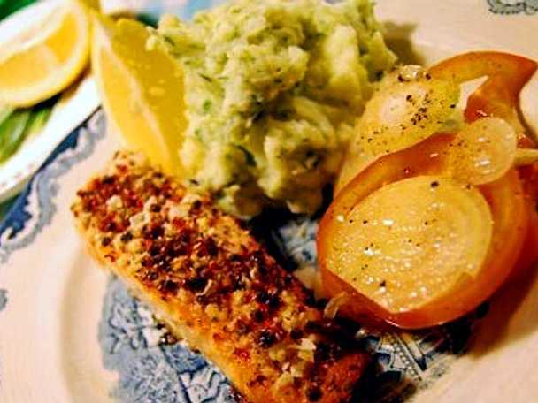Rosépepparlax med grönt potatismos