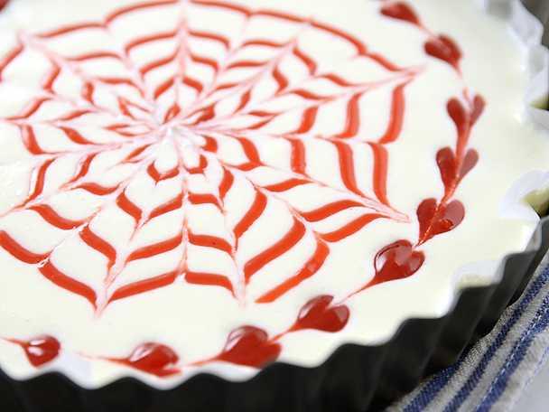Så gör du swirls på en cheesecake - se & gör