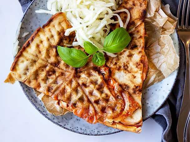 saker i våffeljärnet - pizza