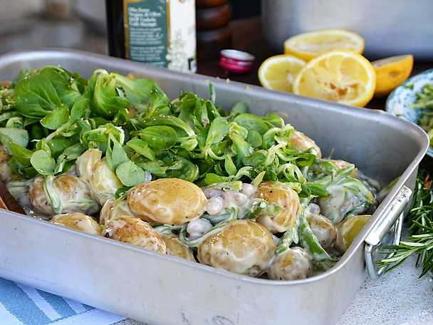 Sallad på färskpotatis och bönor i tryffeldressing