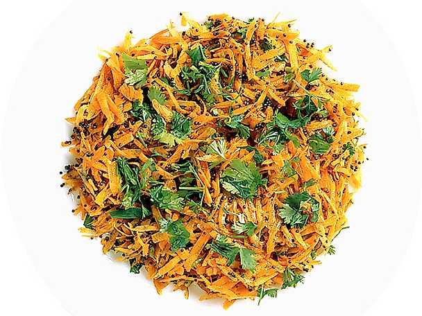 Sallad på morötter och senapsfrön