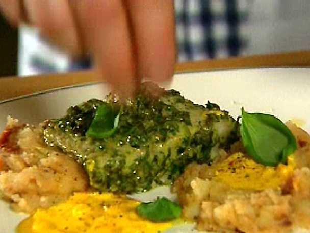 Salsa verdebakad sejfilé med chilisaffranscrème