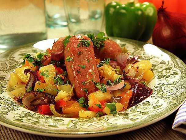 Salsiccia och paprika i ugn