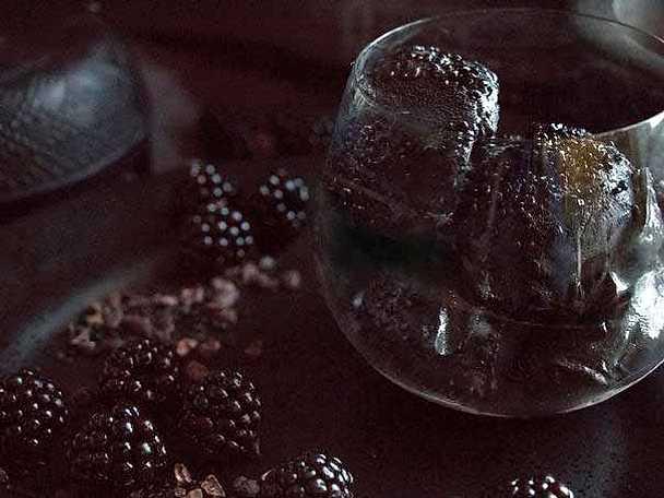 Salt lakritssglass med björnbär2