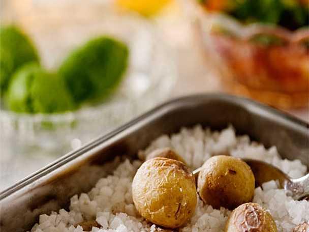 Saltbakad potatis med grillad fläskkarré