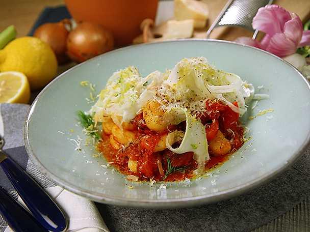 Salviastekt chorizo med gnocchi