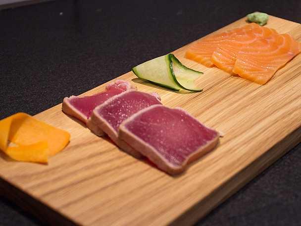 Sashimi på lax och tonfisk