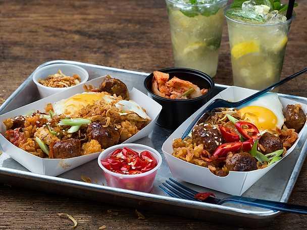 Scan kimchi fried rice och rostad lök