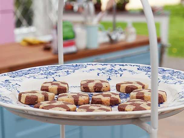 Schackrutor med choklad, citron och pistage