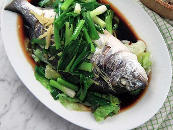 Seabream med soja och ingefära