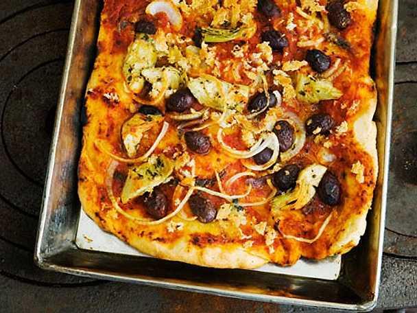 Sfincione – pizza från Sicilien
