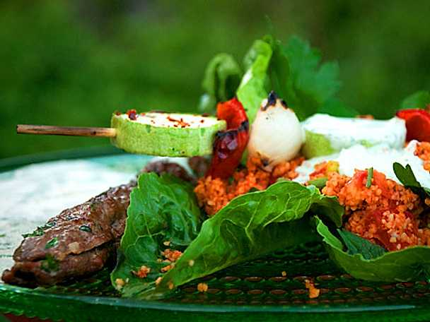 Sis kebab vs Kisir