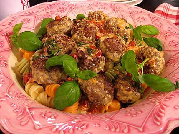Små burgare med italiensk smak