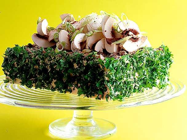Smörgåstårta med champinjoner