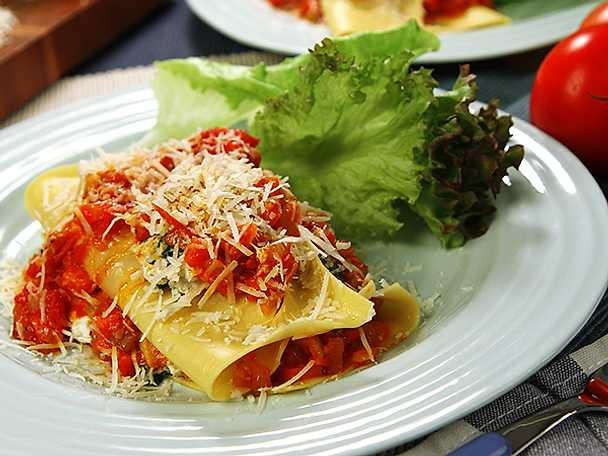 Snabblasagne med ricotta och tomat