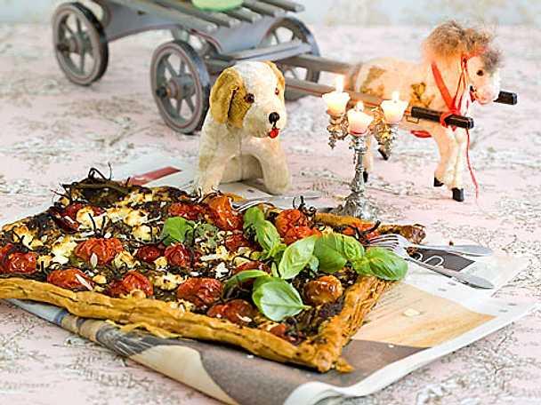 Snabbpizza med ugnsbakade tomater