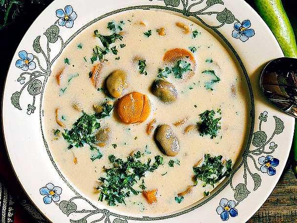 Soppa med bondbönor