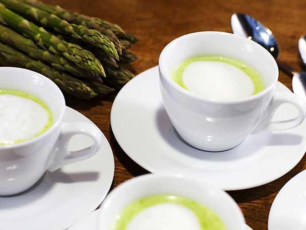 Soppa på grön sparris