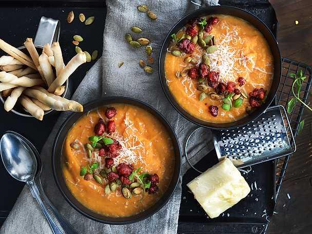 Sötpotatissoppa med chorizo