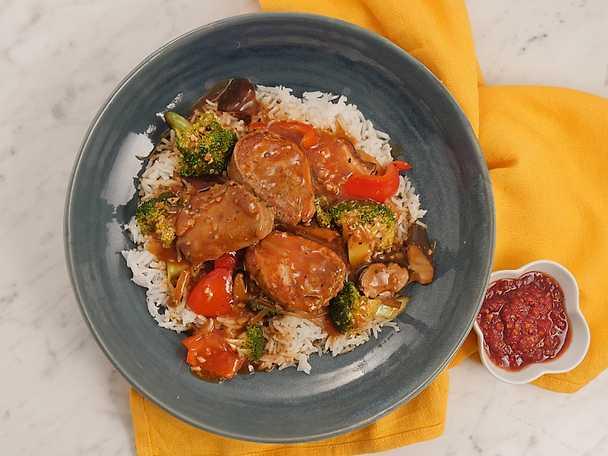 Sötsur fläskfilégryta med broccoli och shiitake