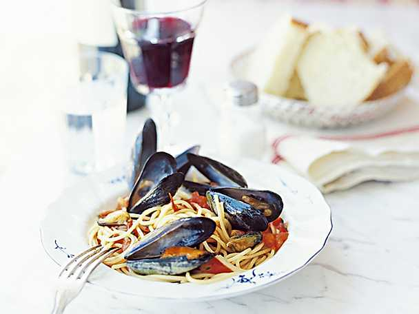 Spaghetti con cozze o vongole