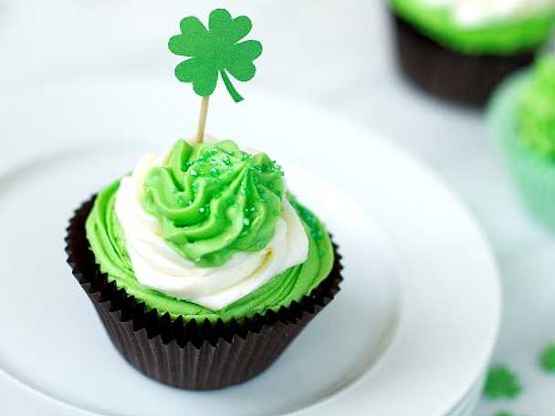 St Patrick baby cupcakes