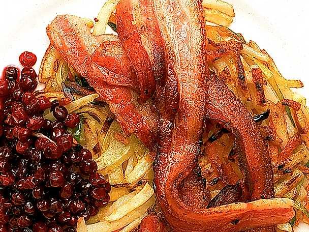 Stekt fläsk med rotfruktskaka