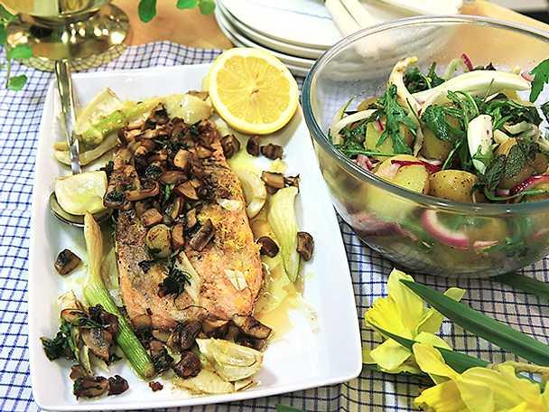Stekt lax med svamp, fänkål och potatis