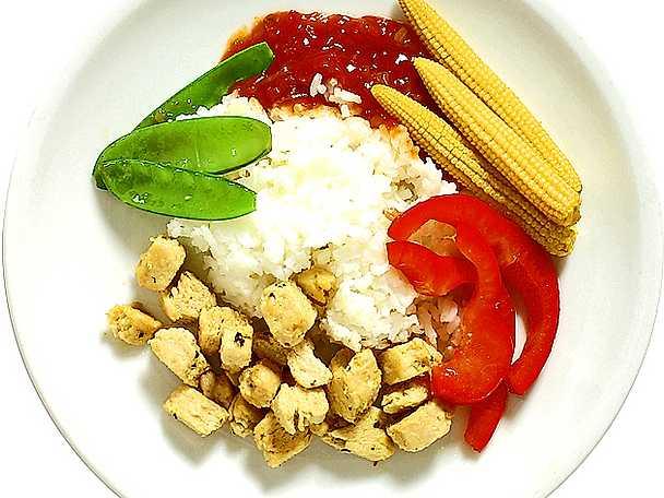 Stekt quorn med tomatsambalsås