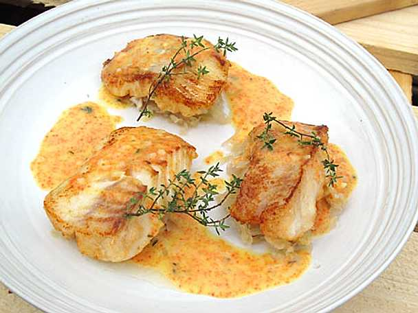 Stekt torsk med surkål