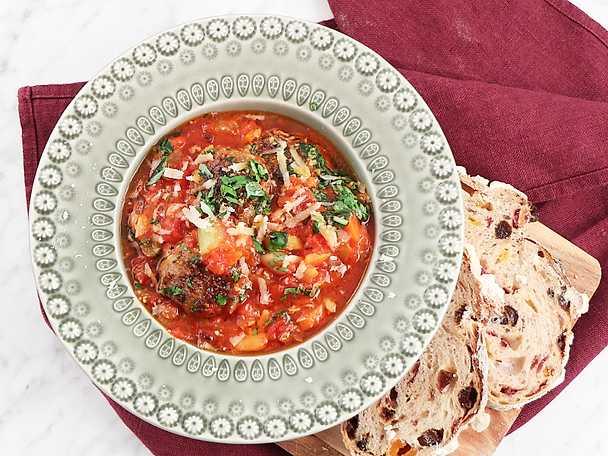 stora vita bönor i tomatsås recept