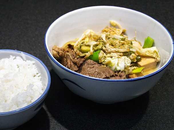 Sukiyaki med ris