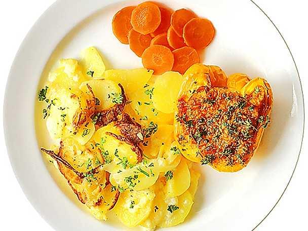 Svamp- och risfylld paprika med potatisgratäng