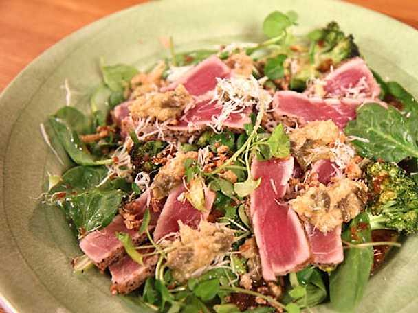 Svartpepparstekt tonfisk