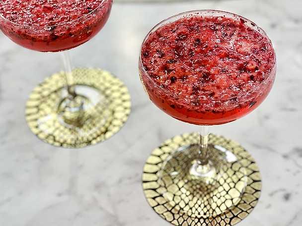 Svartvinbärs spritz