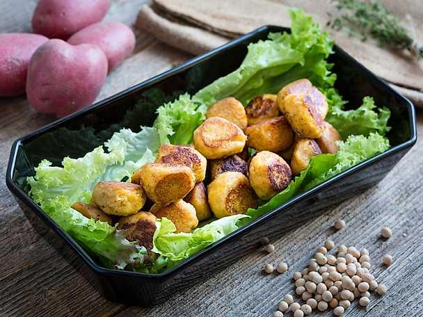 Svensk potatis Ärtfrikadeller med potatis