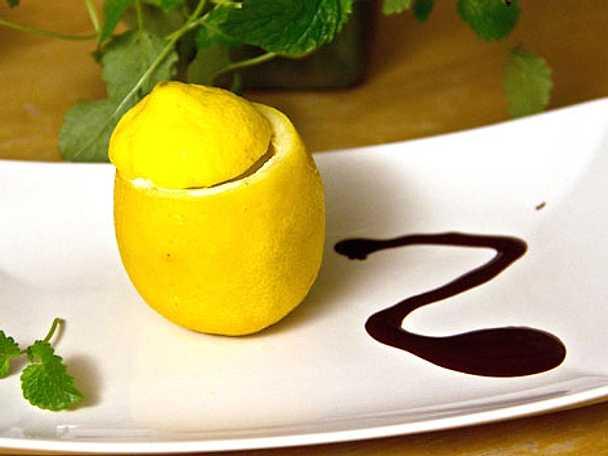 Syrlig citronglass