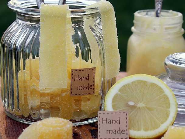 Syrliga citronremmar