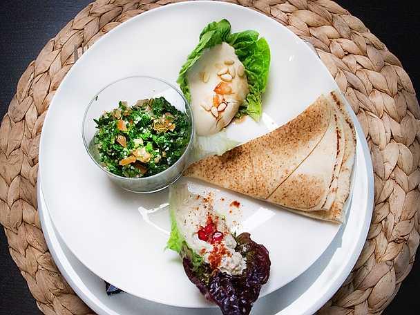 Tabbouli med hummus och baba ganoush