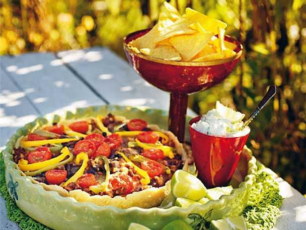 Tacopaj med köttfärs och nachos