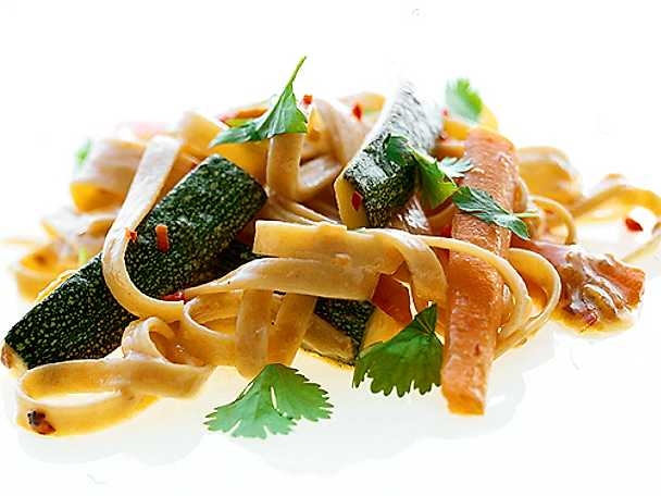 Tagliatelle med grönsaker