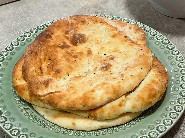 Tandooribakat bröd