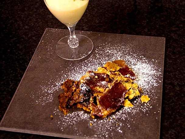 Tarte tatin med äkta vaniljkräm