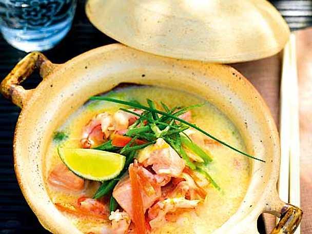 Thailändsk räk- och fiskgryta