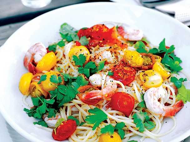 Tomat- och räkpasta